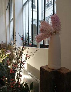 Céramique blanche -Brassée de jacinthes
